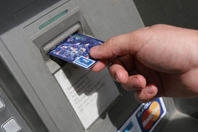 Мошенничество с пластиковыми карточками набирает популярность