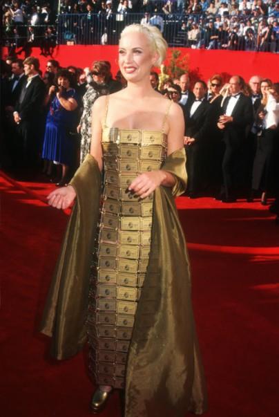 мини-платье Lizzie Gardiner из кредитных карточек American Express Gold