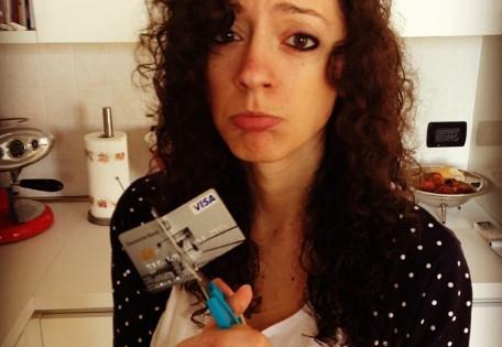 Что делать, когда испорчена кредитная карта