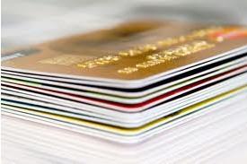 «Юниаструм Банк» продлил сроки конкурса на разработку дизайна карт