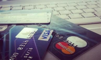 """ЦБ РФ: Visa, MasterCard и """"Золотая корона"""" - социально значимые"""