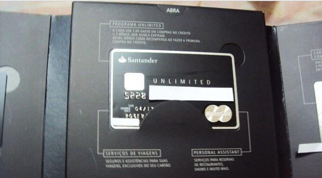 Santander Unlimited MasterCard Black (Black Brazilian MasterCard)