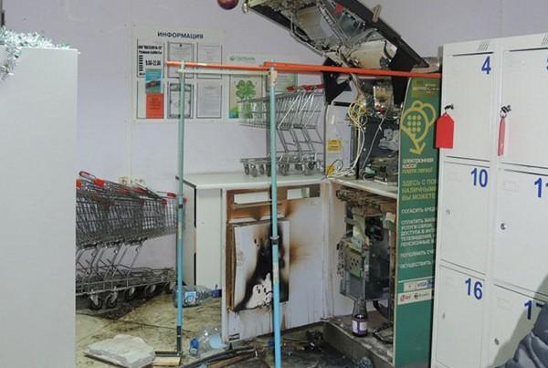 Вскрытый банкомат в Перми