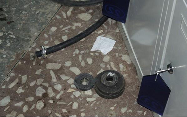 магниты выведшие датчик двери из строя