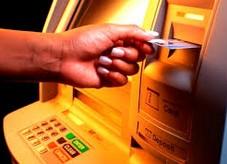 Как снять свои деньги с кредитной карты без комиссии
